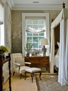 Westchester County, NY interior designer, Laurel Bern shows wonderful examples of decorating your home with Grisaille Murals-Wallpapers-Art-Screens |