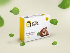Dona Dinda Frozen Snacks on Packaging of the World - Creative Package Design Gallery Simple Packaging, Food Packaging Design, Soap Packaging, Packaging Design Inspiration, Brand Packaging, Pizza Box Design, Carton Design, Packaging Manufacturers, Baking Business