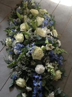 Araura | The Floral Art Studio | Little Bromley, Essex - Beautiful combination of colors and textures.