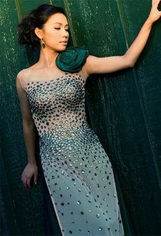 long dress gala thach