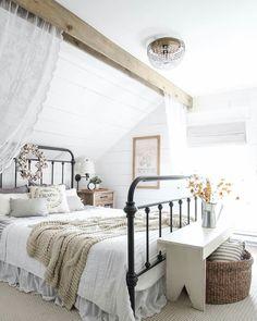 Schlafzimmer Ideen, Schlaf Schön, Bauernhaus, Altbauten, Schöner Wohnen,  Inneneinrichtung, Rund Ums Haus, Italien, Runde