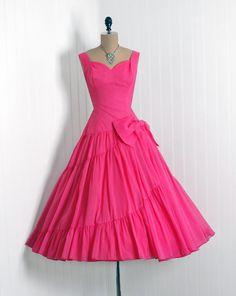 1950's Vintage Bubble-Gum Pink Chiffon-Couture Sweetheart Low-Plunge Party Dress