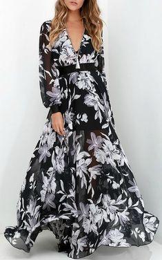 Buzios Beauty Black and Ivory Floral Print Maxi Dress 07f2694c0