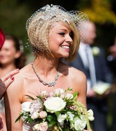 For Round Fat Faces and Trendy Short Hairstyles For bob wedding hairstyles - Bob Hairstyles Bob Wedding Hairstyles, Short Wedding Hair, Short Hairstyles For Women, Bride Hairstyles, Short Hair For Brides, Trendy Haircuts, Wedding Veils, Hairstyles Haircuts, Medium Hair Styles