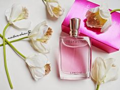 lancome Perfume Scents, Perfume Bottles, Lancome Miracle, Bath And Body Perfume, Paris Perfume, Chance Chanel, Lancome Paris, Essential Oil Perfume, Essential Oils
