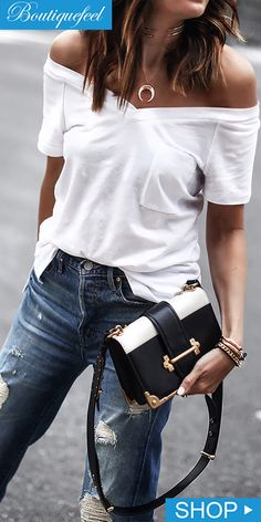 Would Combine With Any Piece Of Clothes. The Best of casual outfits in - Prada Purse - Ideas of Prada Purse - Outstanding Street Fashion Outfit. Would Combine With Any Piece Of Clothes. The Best of casual outfits in Fashion Mode, Look Fashion, Street Fashion, Trendy Fashion, Autumn Fashion, Womens Fashion, Fashion Trends, White Fashion, Fashion Ideas