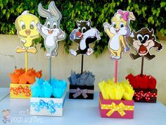 Baby Looney Tunes Baby Shower or Birthday Inspired by Baby Looney Tunes Centerpieces Favors for guest Table Baby Shower SET OF 5 Looney Tunes Bebes, Looney Tunes Party, 1st Birthday Party Themes, Baby Birthday, Birthday Decorations, Baby Shower Games, Baby Shower Parties, Baby Boy Shower, Shower Set