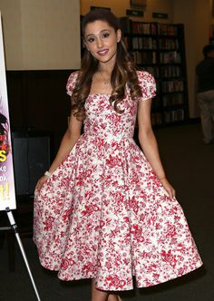 Wear your floral dresses with pride! | 18 Outfits From Six Years Ago That Ariana Grande Wouldn't Be Seen Dead In Now