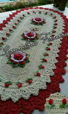 Crochet Dollies, Crochet Wool, Cute Crochet, Doily Patterns, Knitting Patterns, Crochet Patterns, Crochet Table Runner, Crochet Tablecloth, Crochet Cactus