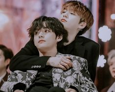 Taekook kookv vkook aesthetic sweet cute hug edit picture photo together boyfriends ship real gda award 2020 live Maknae Of Bts, Bts Jungkook, Editing Pictures, Bts Pictures, People Hugging, Cute Hug, Back Hug, Ocean Video
