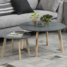 Actona je dánská značka, ve které je viditelný typický podpis severského designu.     Ač nábytek působí moderně a svěže, najdete v něm okaté náznaky k minulosti, která ve Skandinávii přinesla zajímavý a neokoukaný design v retro stylu.