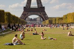 #Summer in #Paris.     Photo: (c) mohamedkhalil.tumblr.com  Great artist, click the link to have a look at his pictures :)  Planning a trip to Paris? Book a #room  at Cadran #Hotel www.cadran-hotel-gourmand.com