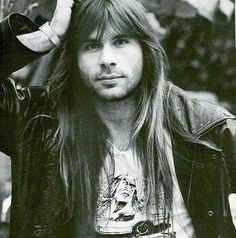 Bruce Dickinson from Iron Maiden. <3