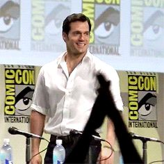 Henry Cavill attends the San Diego Comic-Con 2014. Probably my favorite Gif of him.