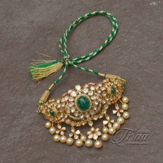 Consider our huge selection of women's jewelry and accessories, including hats, scarves, socks and m Indian Jewelry Sets, Indian Wedding Jewelry, Bridal Jewelry, Antique Jewellery Designs, Gold Jewellery Design, Gold Jewelry, Jewelery, Pearl Necklace Designs, Gold Earrings Designs