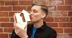 George Ezra scores fastest-selling album of 2018 so far George Ezra, Top 40 Charts, Dominic Sherwood, I Just Love You, Falling In Love With Him, Net Worth, Girlfriends, Age, Album