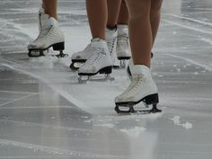 I love to watch ice skating!