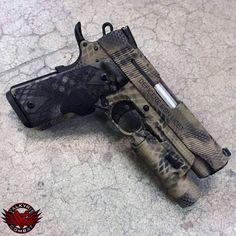 https://www.facebook.com/485520178145588/photos/ms.c.eJxF0McRxEAIBMCMrrAD5J~ Custom Guns, Custom 1911 Pistol, Pistols, Katana, Arma 3, Pew Pew, Firearms, Survival, Colt 45