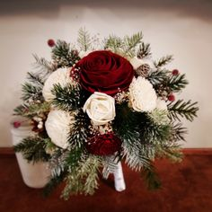 Floral Wedding, Christmas Wreaths, Corner, Bloom, Holiday Decor, Home Decor, Christmas Swags, Decoration Home, Holiday Burlap Wreath