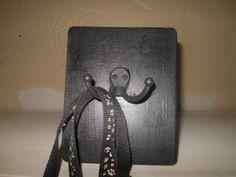 Single Leash/Key Holder by AngelPaws6 on Etsy