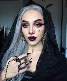 witch makeup EEWIGS Sliver Wig Lace Front Wigs for Women Synthetic Ombre Gray Long Straight Cute Halloween Makeup, Halloween Makeup Looks, Halloween Outfits, Scary Halloween, Halloween 2017, Halloween Costumes, Gothic Makeup, Fantasy Makeup, Gypsy Makeup