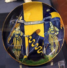 Toscana Cerreto Guidi Villa Medicea Stabbia - collezione ceramiche, Faenza, coppa con stemma Pasolini dall'Onda, 1500-10 ca. #TuscanyAgriturismoGiratola