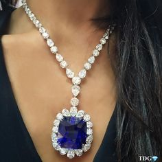 @the_diamonds_girl IT'S NO ORDINARY SAPPHIRE!!! diamonds sapphire necklace @CHATILAJEWELS.