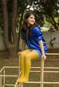 Strange dress--nice yellow tights