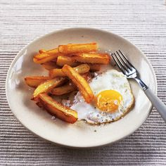 One of life's simplest pleasures, this easy egg and chips recipe is always appreciated. Serve it for dinner or as a comforting lunch.
