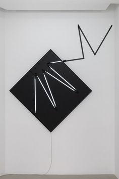 François Morellet | Négatif n°8 (d'après π Strip-teasing 1=10° sur la pointe, 2005), 2010