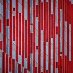 Red lines | WTC Almere Photography: Paul Brouns