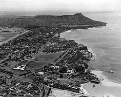 Old Hawaii, Looking toward Diamond Head, Oahu