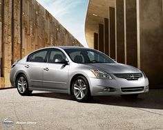 Nissan Altima 2011 car photo
