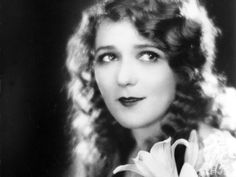 [BORN] Mary Pickford / Born: Gladys Marie Smith, April 8, 1892 in Toronto, Ontario, Canada / Died: May 29, 1979 (age 87) in Santa Monica, California, USA #actor