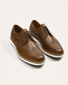 Image 1 of BROWN LEATHER SHOES WITH THICK SOLE from Zara