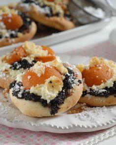 Doughnut, Sushi, Ethnic Recipes, Desserts, Food, Basket, Tailgate Desserts, Deserts, Essen