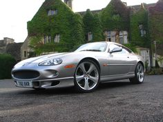 Jaguar XKR 4.0 Supercharged Coupe V8