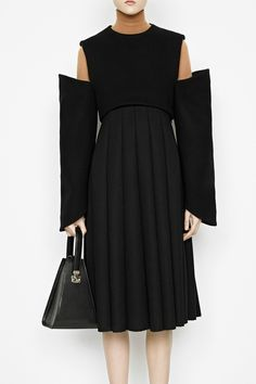 Pleated dress with exaggerated sleeve detail; pattern cutting // J.W. Anderson pre-fall 2014
