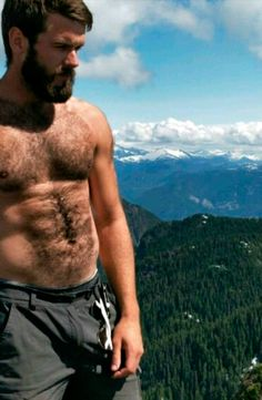 Sweaty Hairy and Lickable : Photo Hairy Hunks, Hot Hunks, Hairy Men, Bearded Men, Oscar 2017, Hairy Chest, Male Chest, Male Torso, Charming Man