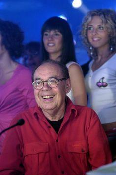 Gianni Boncompagni è morto a 84 anni, a Roma. Nato ad Arezzo il 13 maggio 1932, è stato tra i grandi innovatori dello spettacolo italiano con Renzo Arbore, autore e conduttore di...