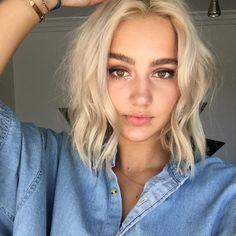 White Blonde Hair, Olive Skin Blonde Hair, Hot Haircuts, Hair Flip, Trending Haircuts, Light Hair, Great Hair, Hair Inspiration, Hair Inspo