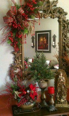 Diy Christmas Fireplace, Diy Christmas Garland, Silver Christmas Decorations, Christmas Mantels, Noel Christmas, Christmas Centerpieces, Rustic Christmas, Christmas Vignette, Victorian Christmas