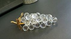 SWAROVSKI-Sparkling-Fruit-23-Crystal-Grapes-w-Gold-Leaves-7509-150-070