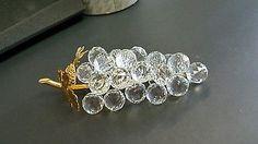 SWAROVSKI-Sparkling-Fruit-23-Crystal-Grapes-w-Gold-Leaves-7509-150-070