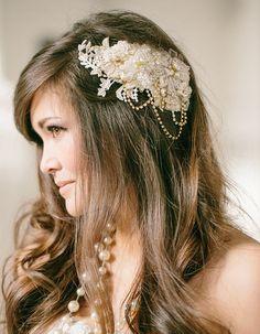 Lace Wedding Hair Comb by Gilded Shadows https://www.etsy.com/nz/shop/GildedShadows
