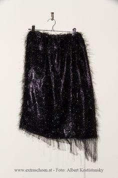 ein Glitzertraum !  bei www.extraschoen.at Designer, Sequin Skirt, Tulle, Sequins, Skirts, Fashion, Moda, Fashion Styles, Skirt
