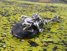 Anhänger Froschkönig von Happy-about-Pearls Trendschmuck & Accessoires auf DaWanda.com
