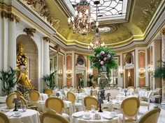 Palm Court Afternoon Tea at the Ritz London Hotel. Photos off their website. London Hotels, Stonehenge, Ritz Afternoon Tea, Brighton, Salisbury, Spa Hotel, Things To Do In London, Best Hotels, Luxury Hotels
