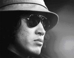 人間の証明、太陽にほえろ、探偵物語などなどに出演した個性的な俳優・松田優作さん。今なお彼を偲ぶ声は多い。