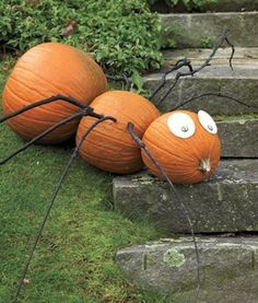 Homemade Decorations - http://orchardspy.com/wp-content/uploads/2015/04/homemade-halloween-garden-decorations.jpg - http://flypt.co/homemade-decorations/